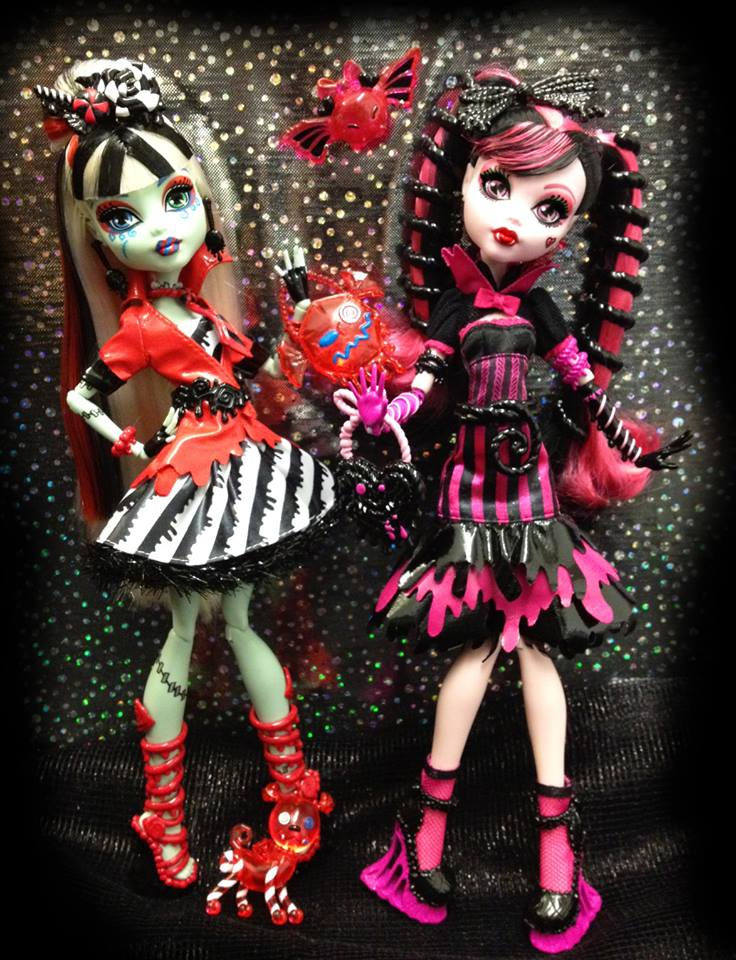 http://monsterhigh.trikky.ru/wp-content/uploads/2013/07/1004816_10152234354602481_800814385_n.jpg
