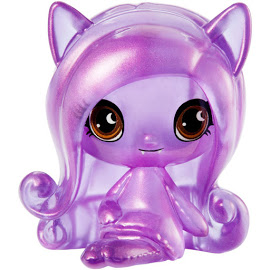 Clawdeen-Series-1-Getting-Ghostly-Mini-Figure-1